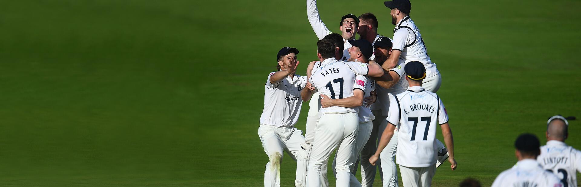 Report: Warwickshire v Somerset, LV= Insurance County Championship